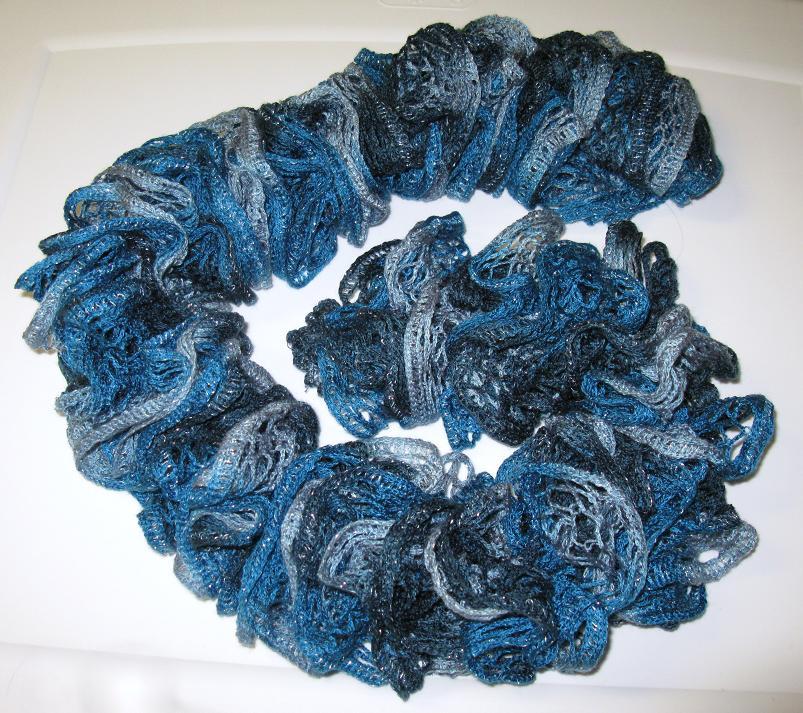 Comment tricoter foulard froufrou - Comment ranger les foulards ...