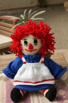 Poupée en tricot