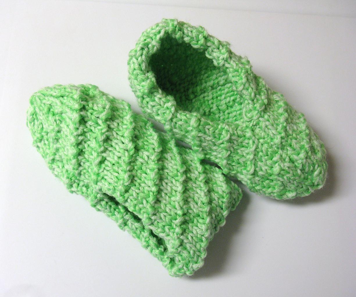 Pantoufles au tricot 3 petites mailles - Point de cote tricot ...