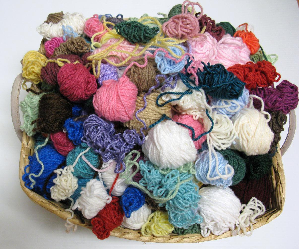 Comment tricoter les restes de laine nos conseils - Comment tricoter des chaussettes en laine ...