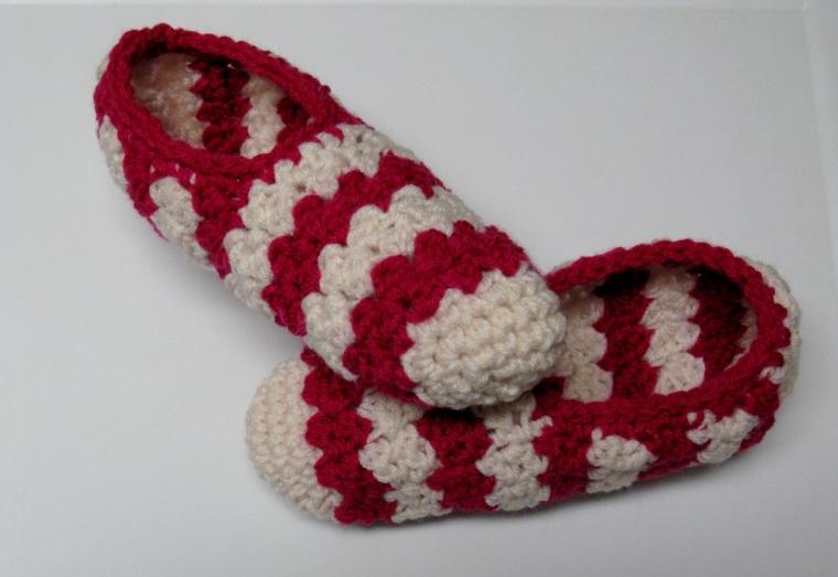 pantoufles-au-crochet-rayures-pour-femme-point-suzette-7