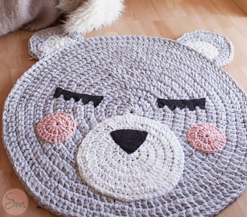 tapis en trapilho tricoter un tapis motifs en trapilho tapis en trapilho so british. Black Bedroom Furniture Sets. Home Design Ideas