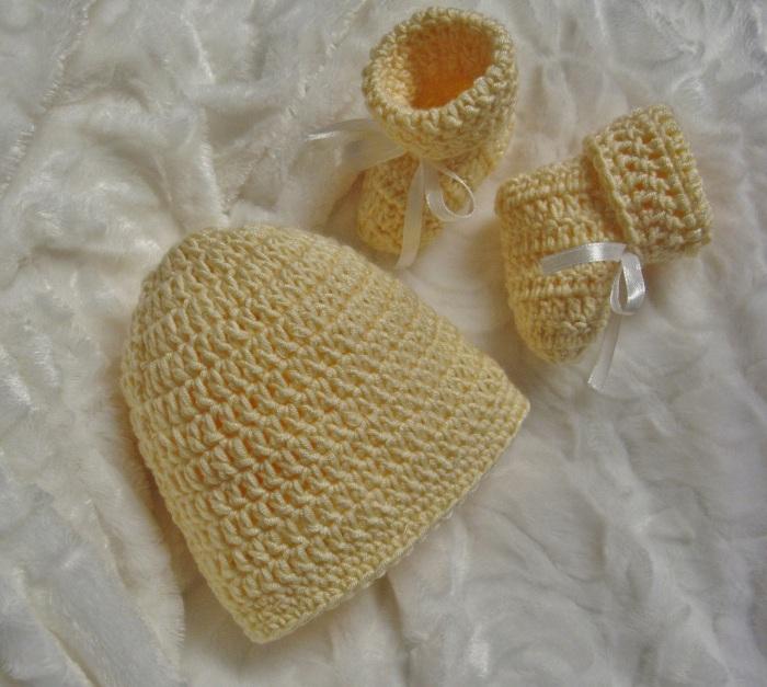 Bonnet et chaussons irr sistibles 3 petites mailles - 3 petites mailles ...