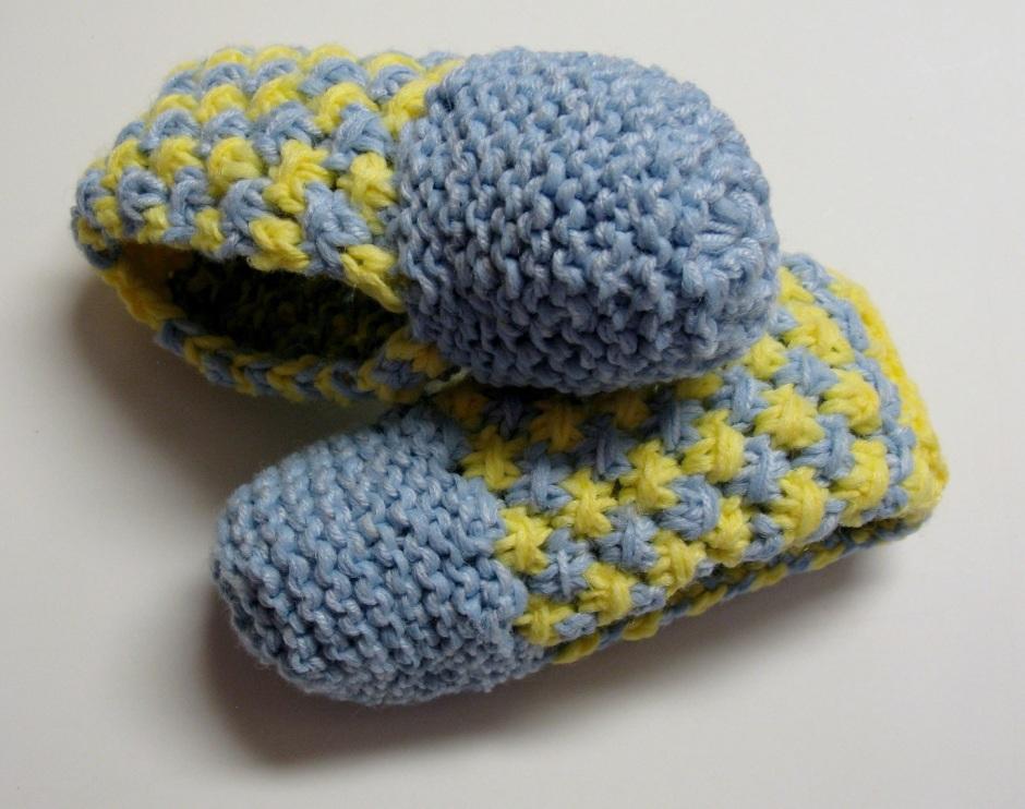598bd32348e68 Pantoufles au tricot – 3 petites mailles