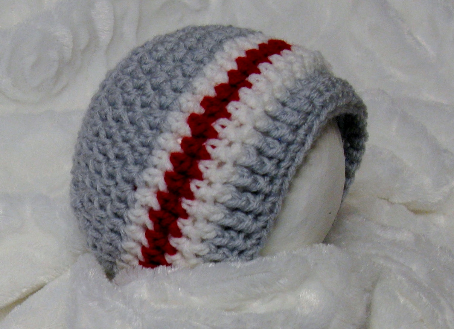 Bonnet style bas de laine au crochet pour bébés 3b65f7bdeb7