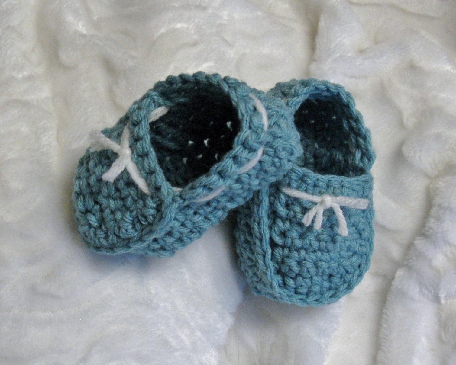 Pantoufles de style marin pour bébés